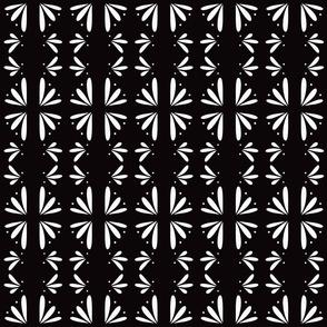 Valentine Tile in Black