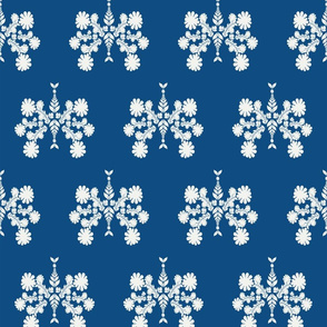 P022020 Spring Flowers Classic Blue reverse Large Scale