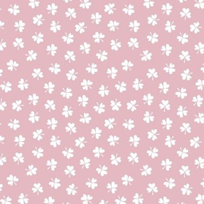 Romantic clovers pink St Patrick's Day shamrock lucky charm girls