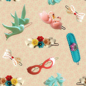 girlie hairpins cream