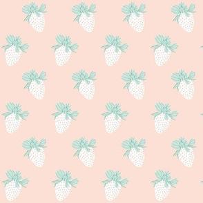 Strawberrie-short-cake 1.9x2.6