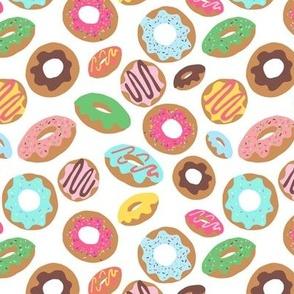 Donut Toss White
