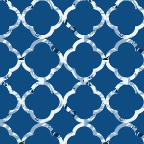 Classic Blue  Quatrefoil - Pantone 2020  Color of The Year