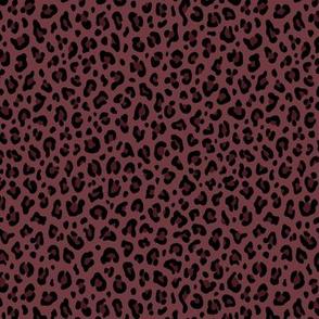 ★ LEOPARD PRINT in DARK BURGUNDY ★ Tiny Scale / Collection : Leopard Spots – Punk Rock Animal Prints