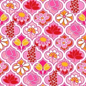 Pink Floral Quatrefoil