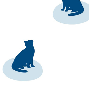 Minimal Sitting Cat Pattern 1 L - Classic Blue and White