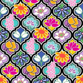 Colorful Quatrefoil with Modern Flowers