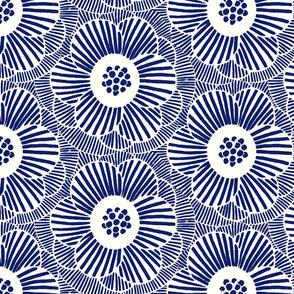 overlapping camellia/blue white/medium
