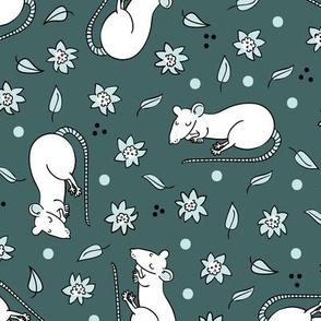 Sleeping floral rat -pine & mint