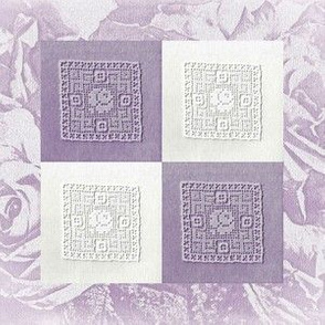 Le Bebe Easy Quilt Lace Patch on Roses, Lavender and White