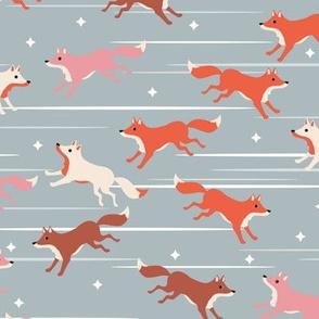 Running fox - Gray