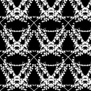 White Weed Pearl Strings on Black