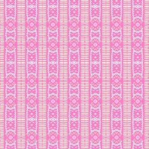 fringe pink strawberry VERTICAL - LG 1365