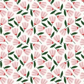 Daphne Floral Toss