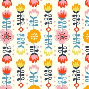Retro folk flowers - creme