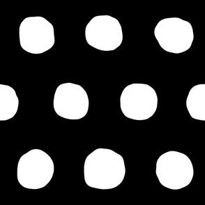 Jumbo  Dots in black/white