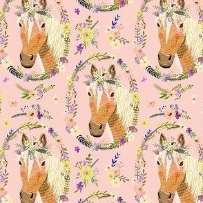 "4"" Cute horse with flowers - Dusty Pink"