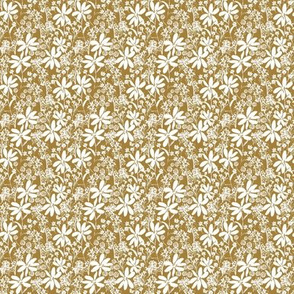 Daisy Lace in Golden 2x2