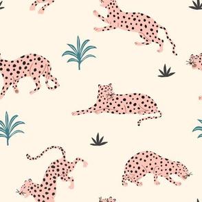 Leopard Mood Pink